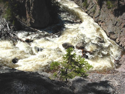 Firehole Falls close up 2